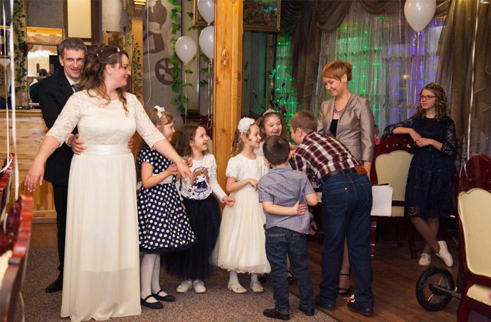 свадебная ведущая
